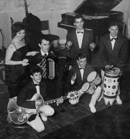 1961 in un locale romano con l'orchestra di Wolmer Beltrami_mediagallery-page